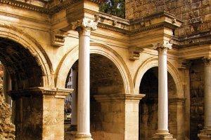 Анталия: достопримечательности города с многовековой историей