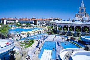 Путин высоко оценил турецкие курорты